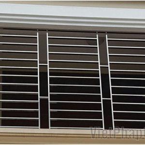 Khung cửa sổ đẹp bằng inox bóng