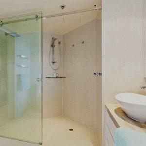 Phòng tắm kính của lùa là gì