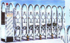 Mẫu cổng xếp inox khung hộp vuông lắp đặt tại Cao Bằng