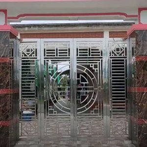 Mẫu cổng inox 4 cánh đẹp cho nhà thêm sang