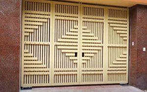 Mẫu cửa sắt 4 cánh sơn tĩnh điện bền đẹp mãi cùng thời gian